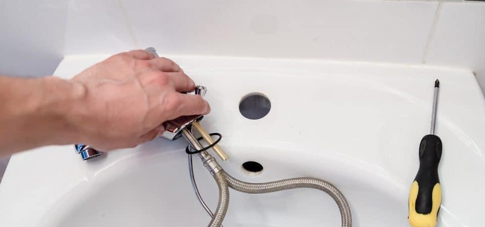 3 recommandations pour dénicher le plombier adapté à vos besoins