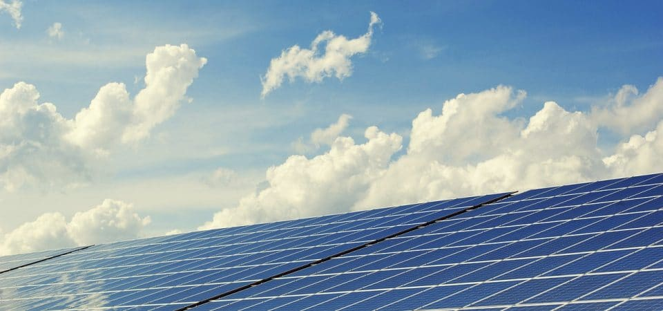 Comment fonctionne un panneau solaire ?